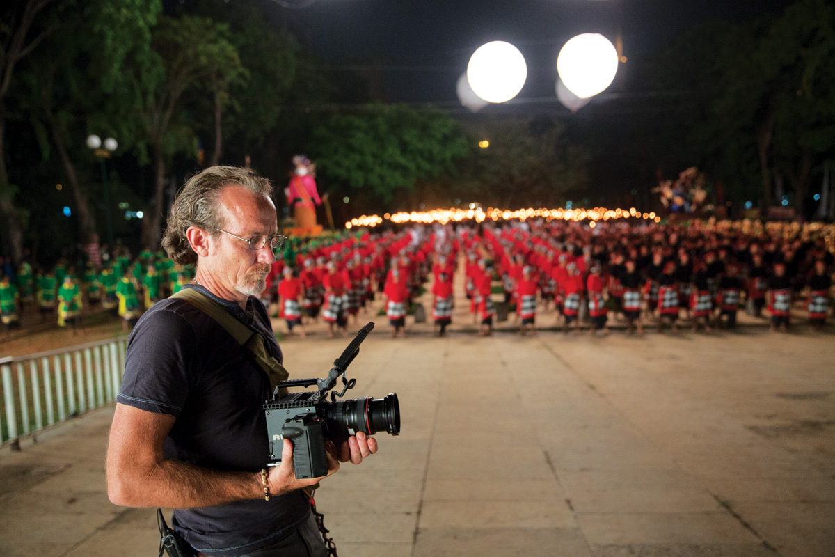 [Co-2nd Unit DP and Operator] John Grillo with handheld RED Scarlet-X shooting parts of Blackhat's massive finale in Jakarta, Indonesia