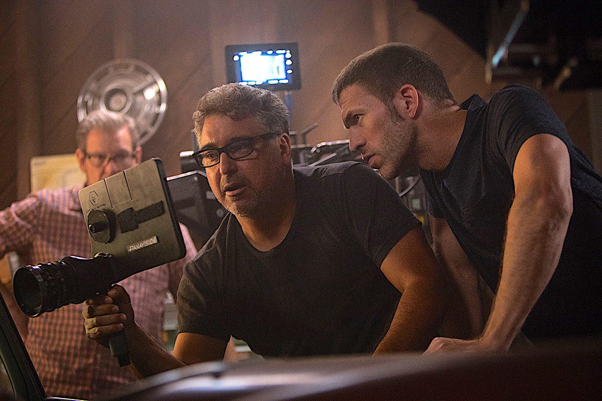 Back Left: B-camera operator Don Devine, SOC, Front: Director of Photography Enrique Chediak, ASC with Director Travis Knight (Right)