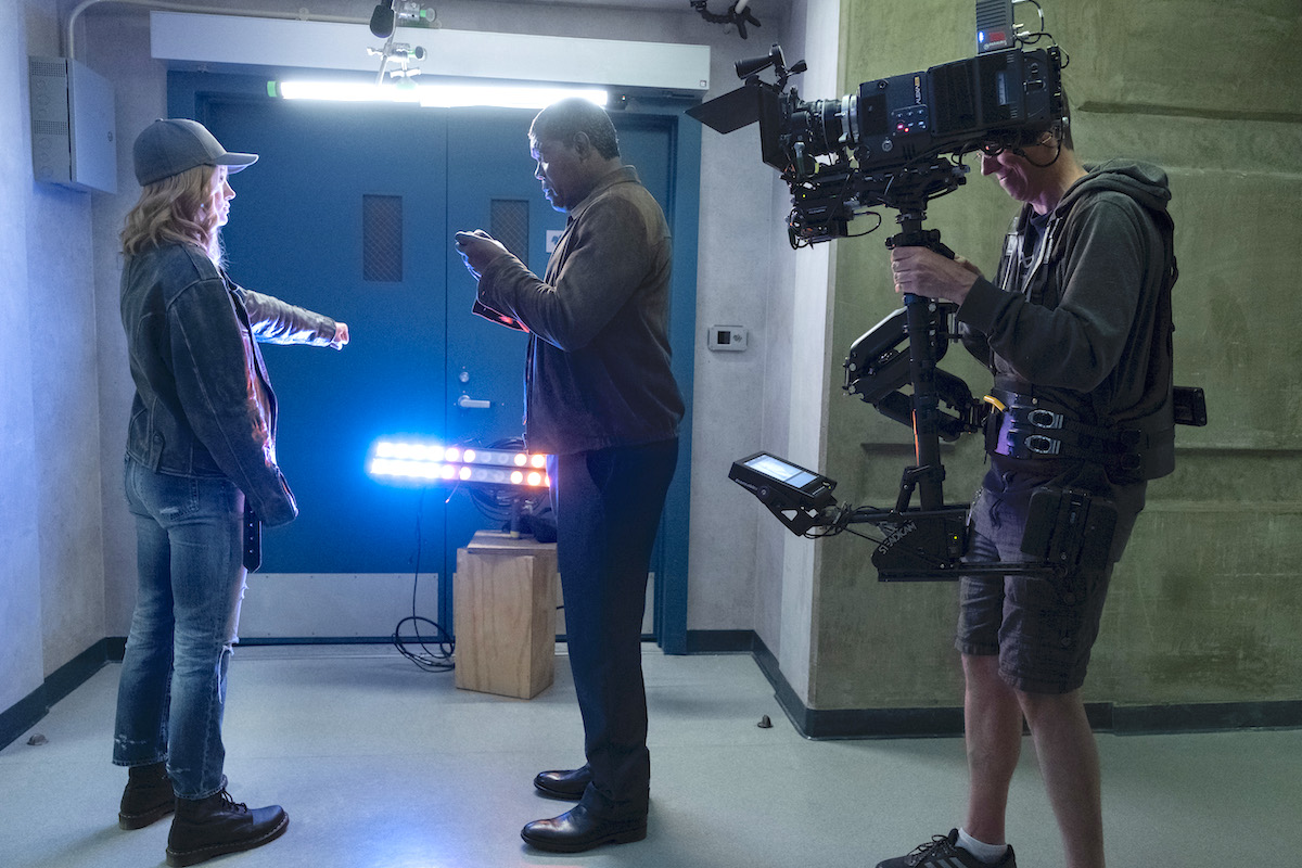 L to R: Brie Larson (Captain Marvel), Samuel L. Jackson (Nick Fury) and Steadicam Camera Operator Geoff Haley / Photo by Chuck Zlotnick