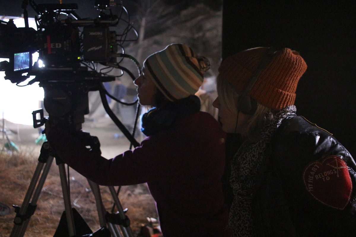 "XX – Tarin Anderson shot two episodes and Patrick Cady one episode for this all-female horror anthology. Here, Anderson and director Roxanne Benjamin line up a night shot for ""Don't Fall."""
