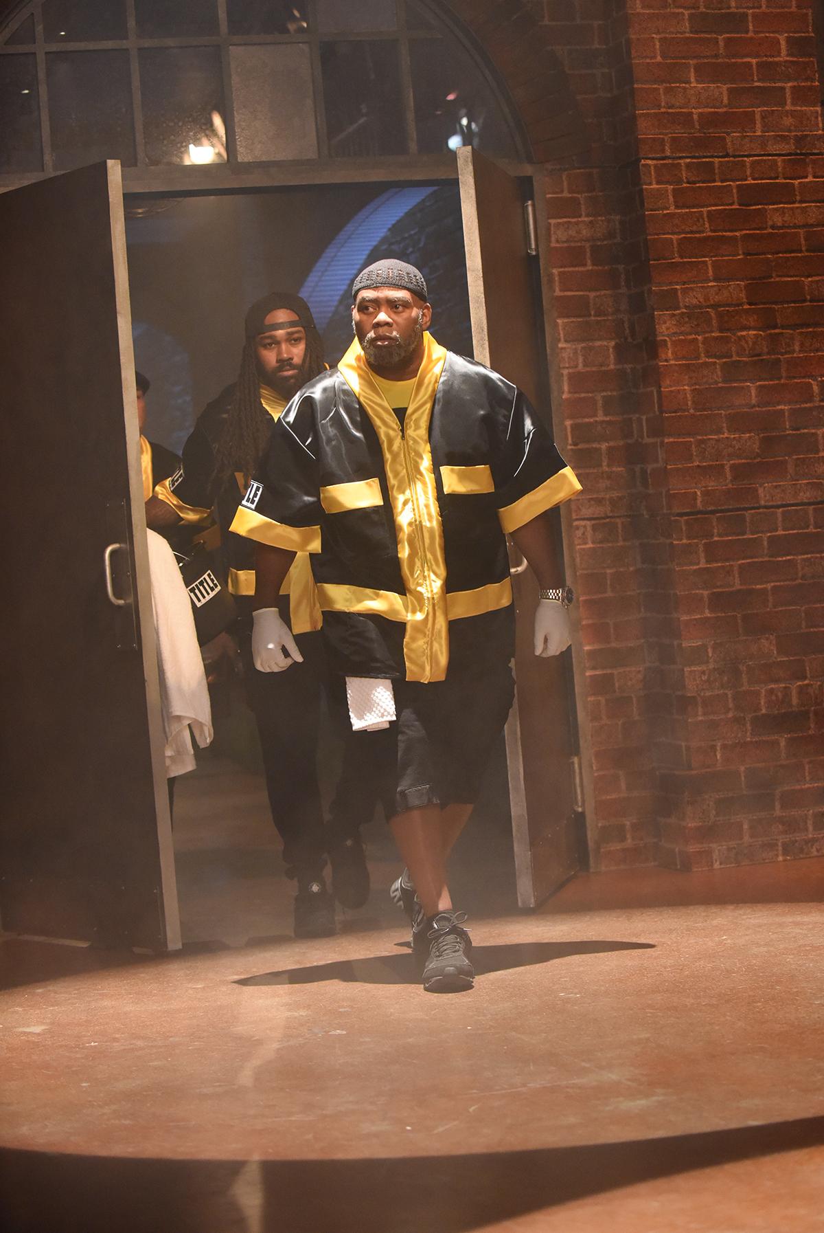 Trainer Naazim Richardson / Photo by Ray Mickshaw/EPIX